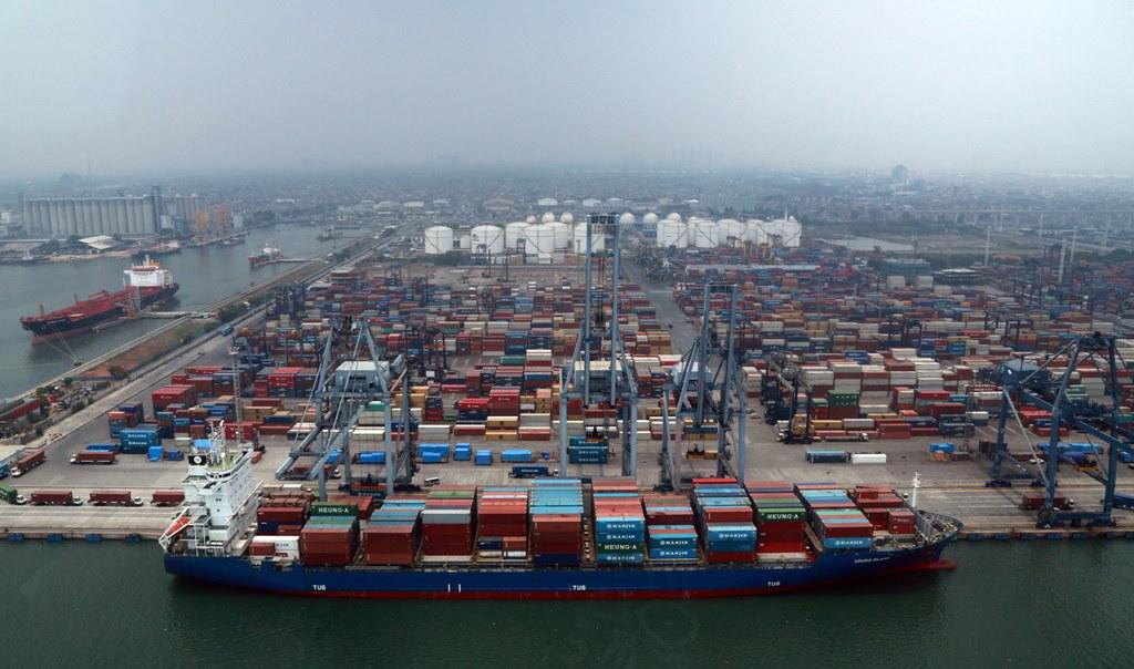 Mendukung Ekspor Indonesia