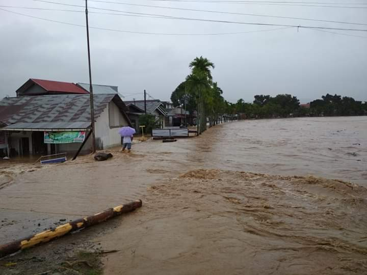 1400 Homes Damaged by Flash Flood in Padang