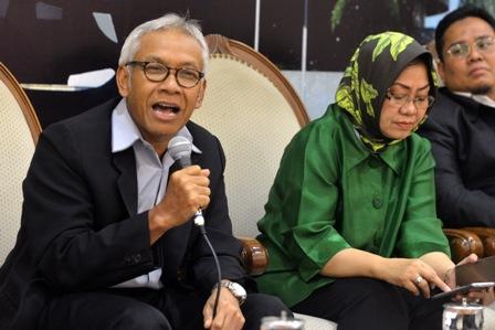 DPR Tunggu Sikap PAN Soal Penggantian Taufik