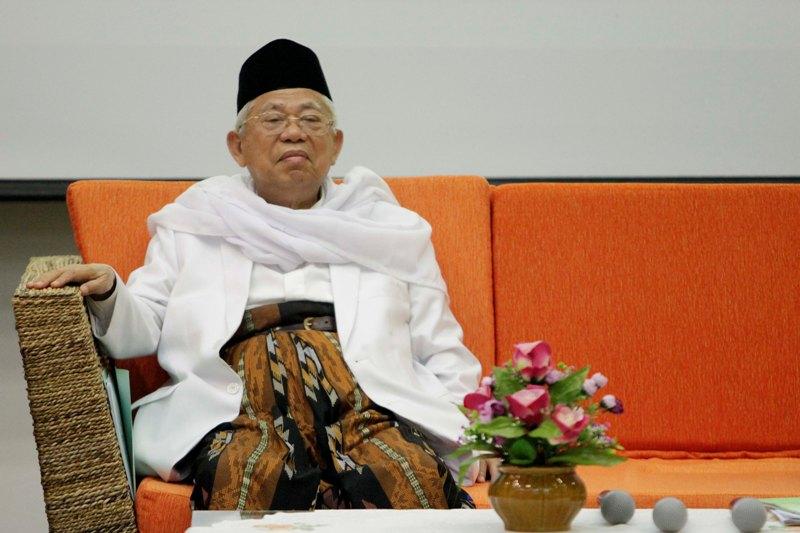 Jokowi-Maruf Mengungguli Survei karena Kesantunan