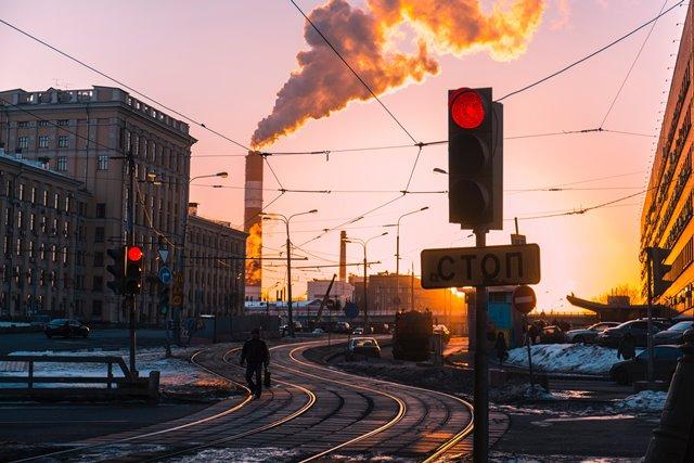 Penelitian: Polusi Udara yang Kronis Tingkatkan Risiko Penyakit Jantung