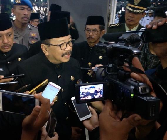 Pemprov Jatim Menyantuni Korban Insiden Surabaya Membara