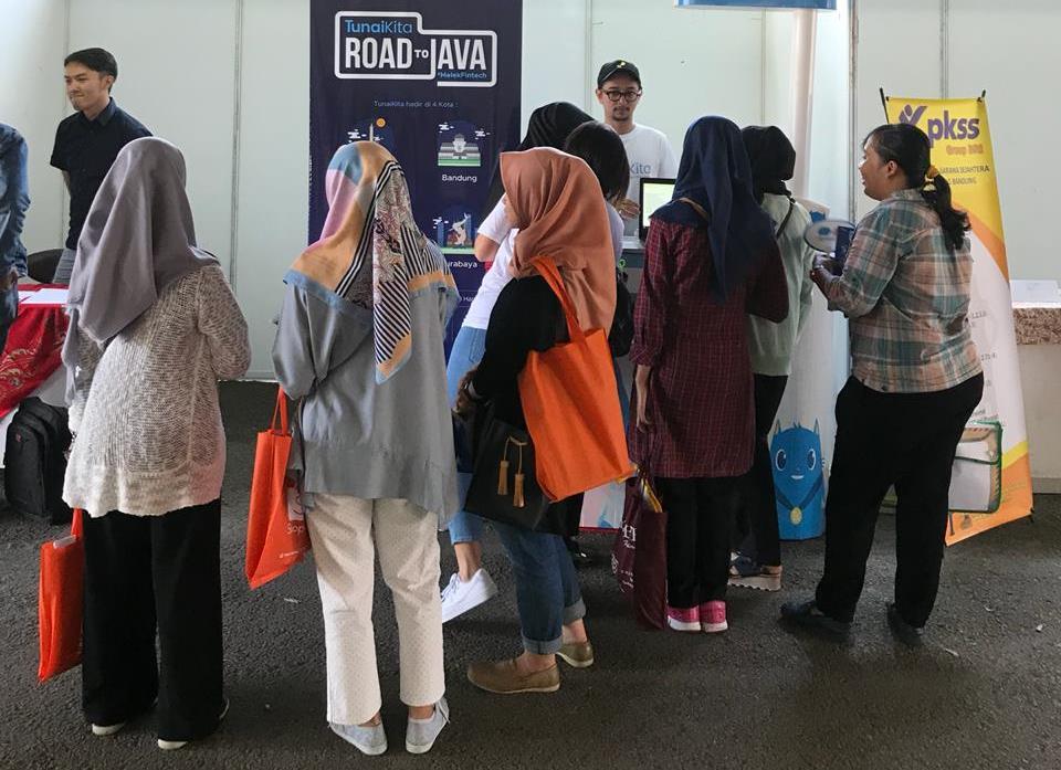 Mahasiswa Bandung Diajak Tingkatkan Inklusi Keuangan Nasional