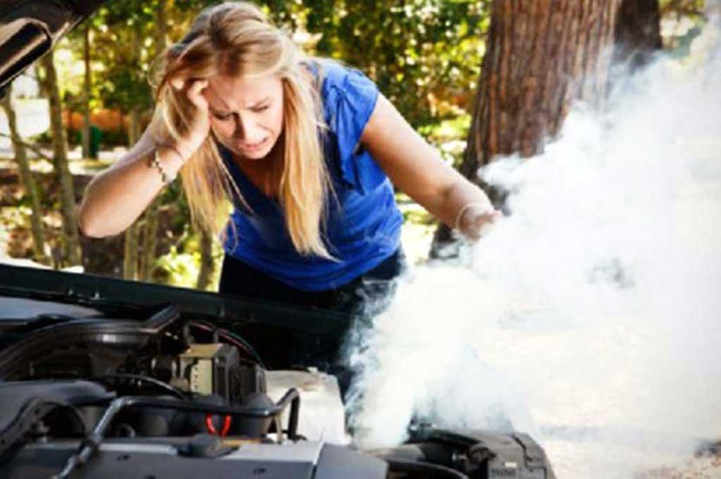 Overheat, Jangan Mengisi Air Radiator saat Mesin Panas