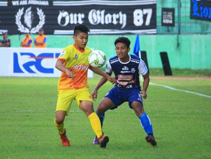 Pemain Metro FC Grogi saat Melawan Arema