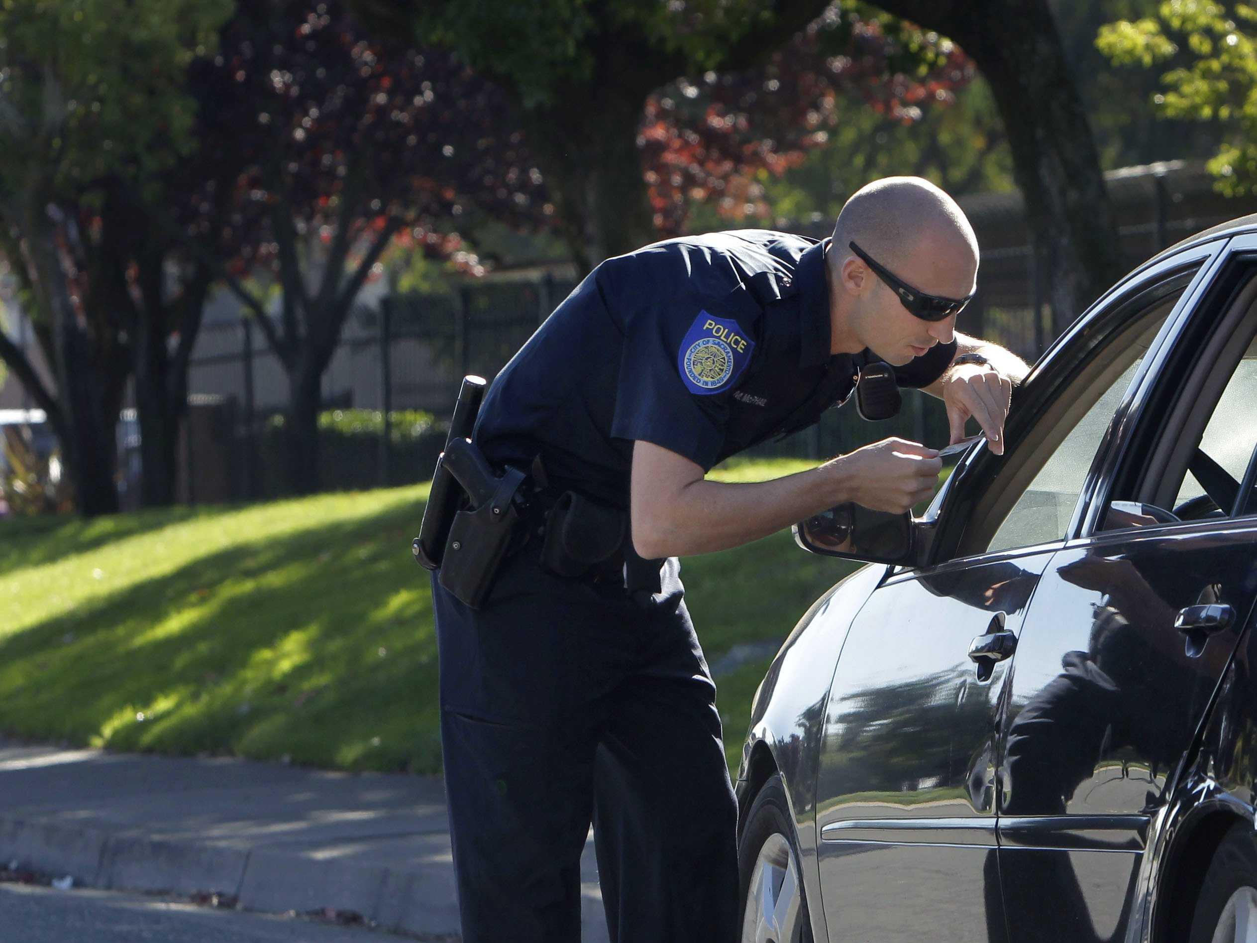 Di Prancis, Waze Digunakan untuk Hindari Razia Polisi