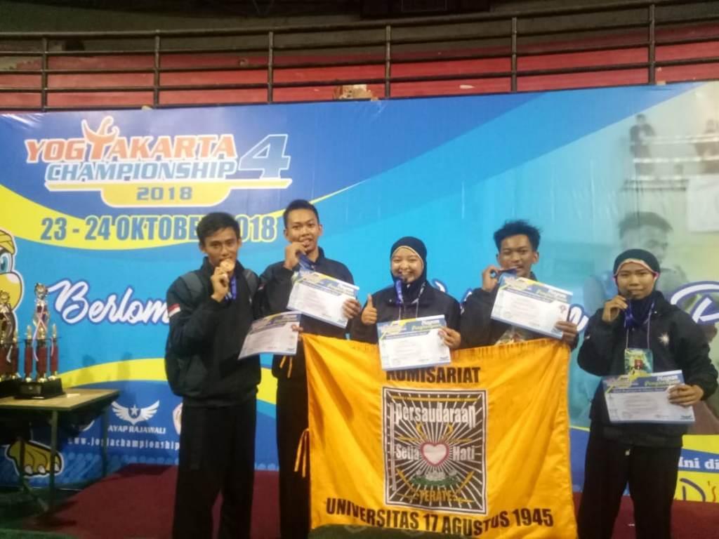 Tim Silat Untag Sabet Juara di Yogyakarta