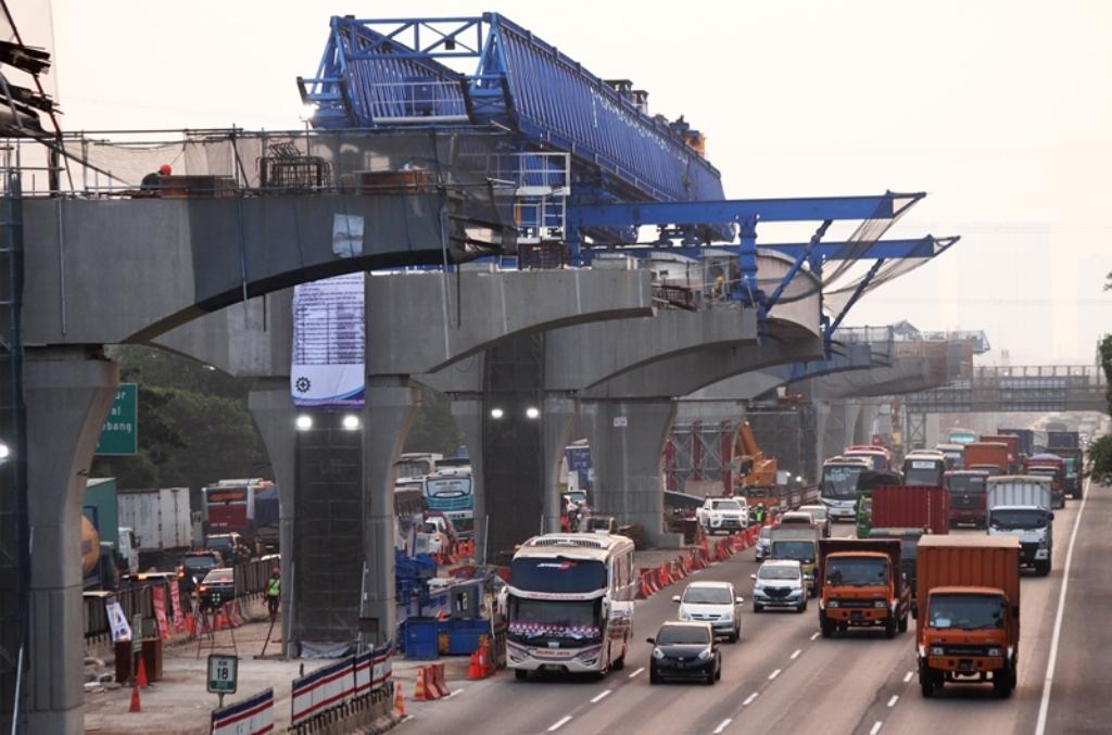 Megaproyek di Tol Jakarta-Cikampek Tidak Akan Dihentikan