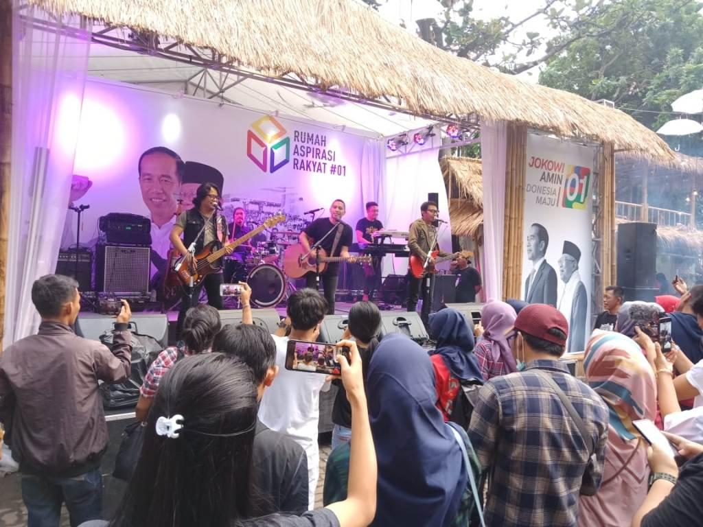 Bidik Pemilih Milenial, Relawan Jokowi-Maruf Pilih Kampanye Kreatif