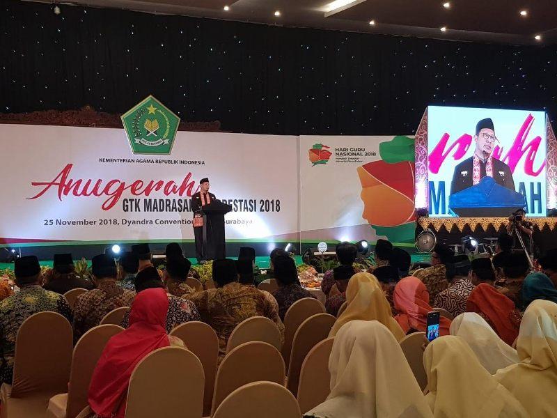 Puluhan Guru Berprestasi Dapat Penghargaan dari Kemenag
