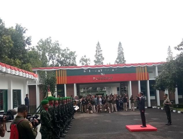 Presiden Beri Pengarahan kepada Danrem dan Dandim di Bandung