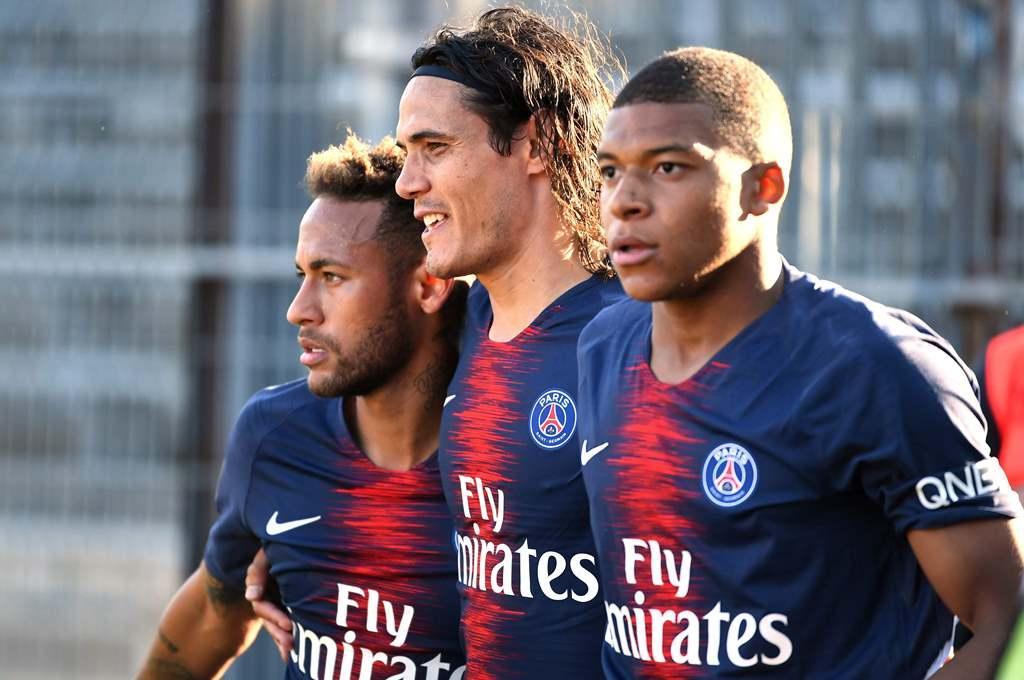Neymar, Mbappe, dan Cavani Siap Tempur Kontra Liverpool
