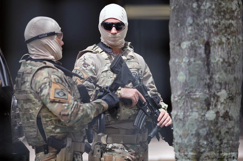 Geng Kriminal Serang Bank dan Barak Militer di Brasil