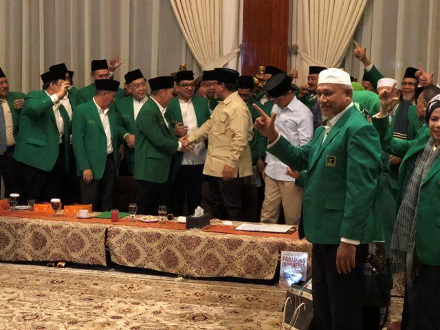 Prabowo Sambut Dukungan PPP Humphrey Djemat