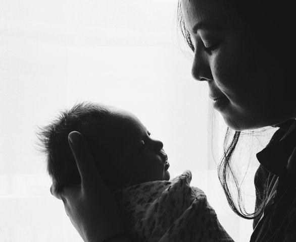 Senyuman Pertama Bayi