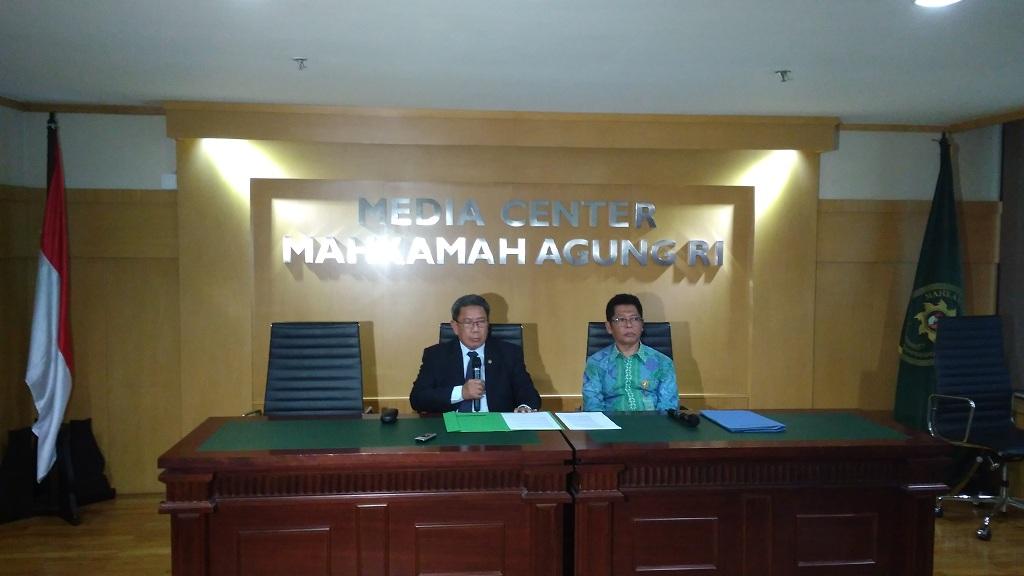 MA Berhentikan 2 Hakim PN Jaksel