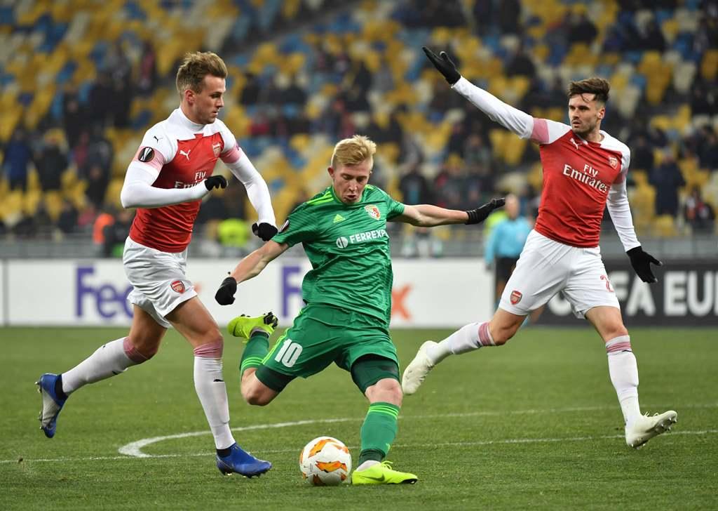 Bungkam Vorskla, Arsenal Juara Grup E
