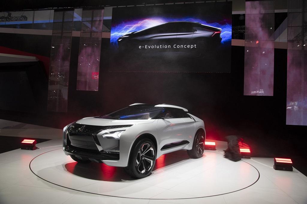 Mitsubishi E-Evolution Concept Tebar Pesona di LA Auto Show