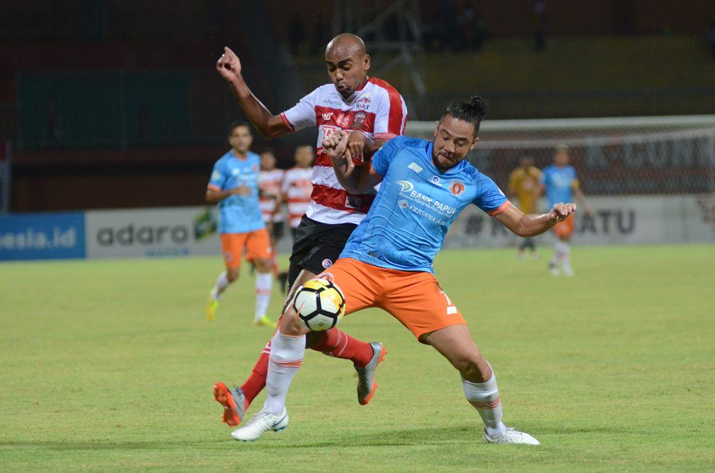 Tekuk Madura United, Perseru Jauhi Zona Degradasi