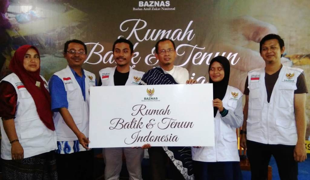 BAZNAS Luncurkan Rumah Batik dan Tenun Indonesia