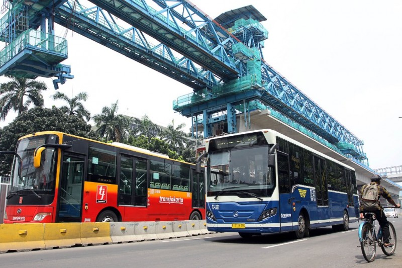 PT TransJakarta Alihkan Koridor 1 dan 2