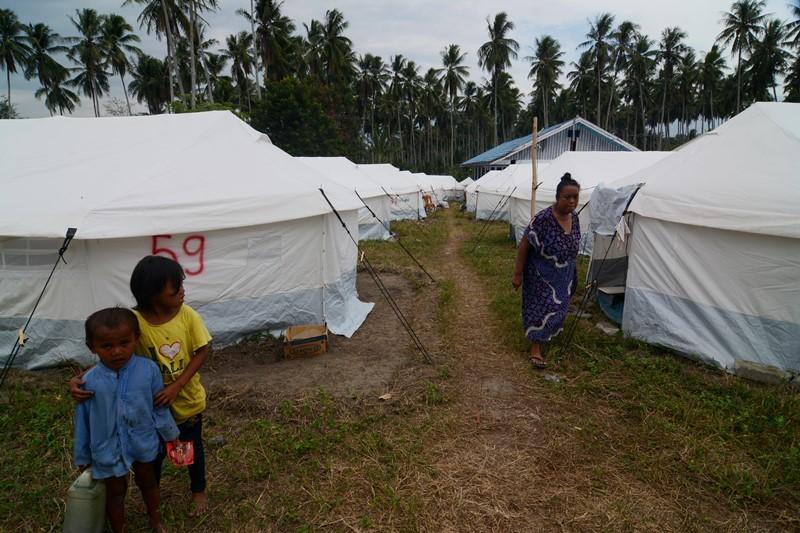 Pengungsi Pasigala Dapat Bantuan Makanan dan Obat