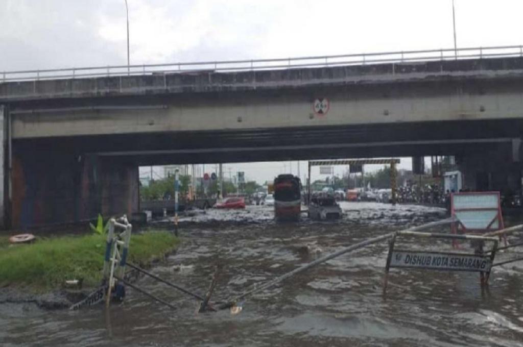 Kaligawe Semarang Banjir Lagi