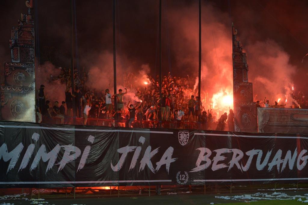 Bali United vs Persija Diwarnai Kontroversi, Komite Wasit Bakal Pelajari Rekaman Pertandingan
