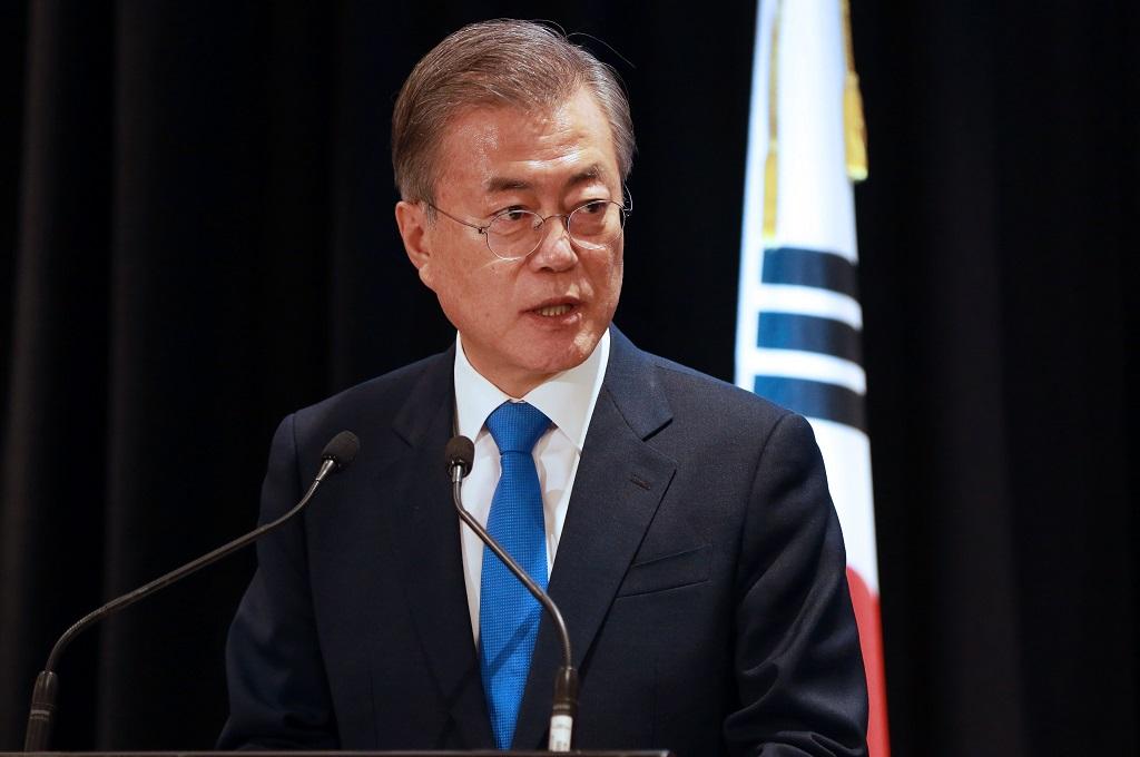 Moon Tetap Berharap Kim Mau Datang ke Seoul