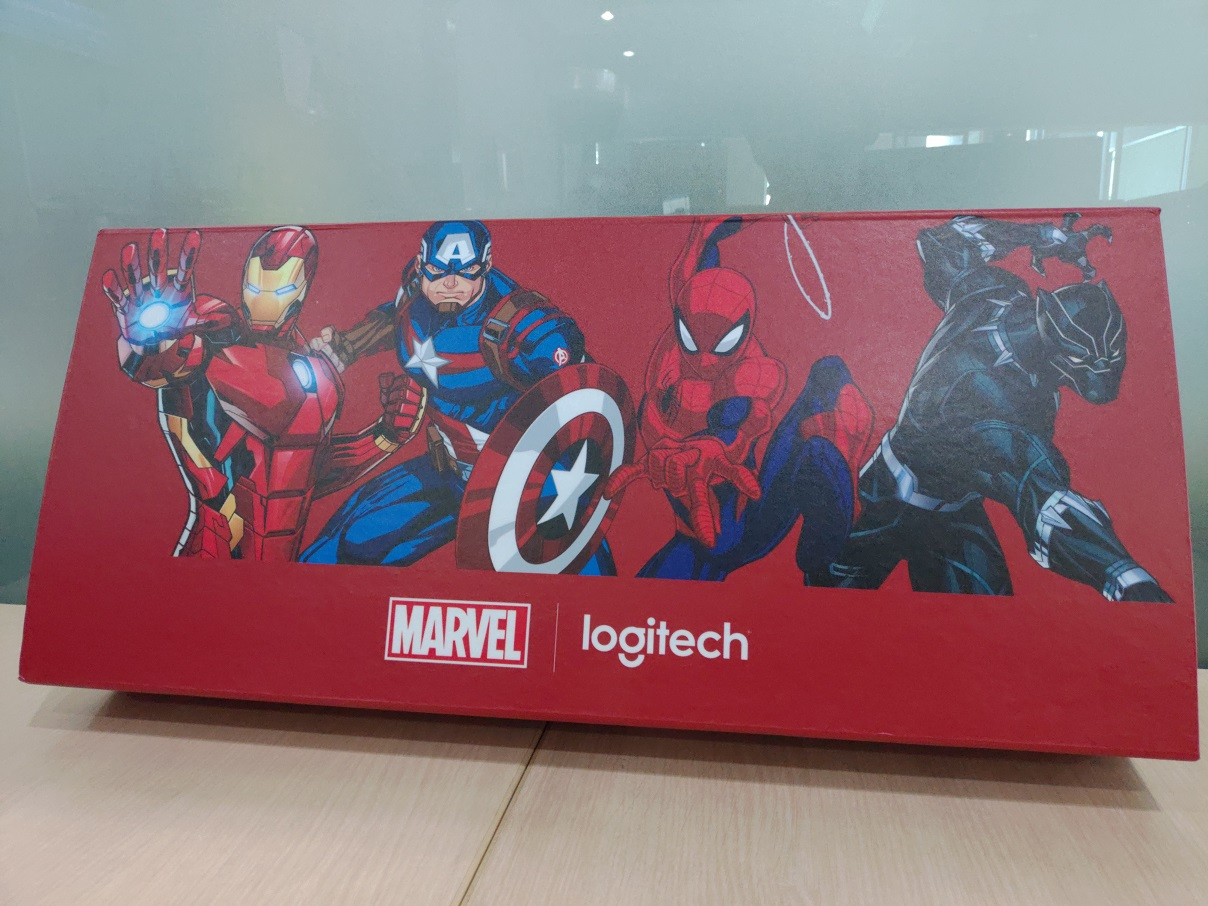 Melihat Penampakan Logitech Marvel Collection