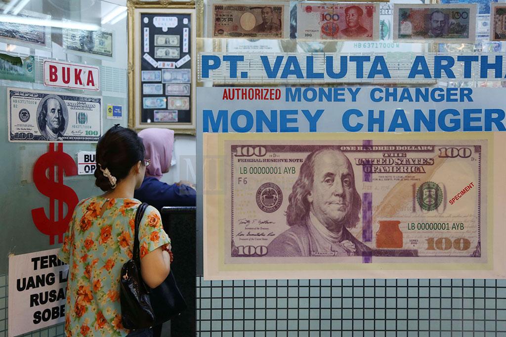 Rupiah Kembali ke Level Rp14.400/USD