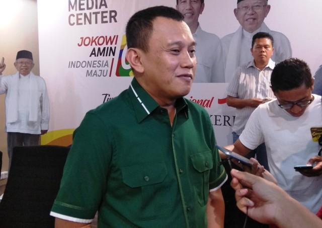 Prabowo Diingatkan Besar Karena Media