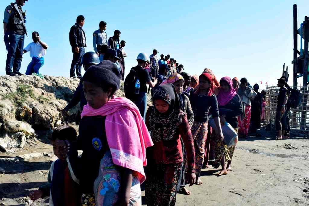 Menag Myanmar Sebut Bangladesh Cuci Otak Rohingya