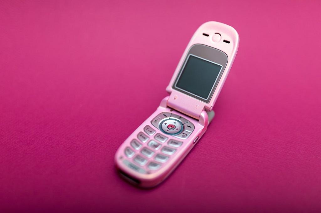 Ponsel Lipat Agar Generasi Z Tidak Kecanduan Ponsel?