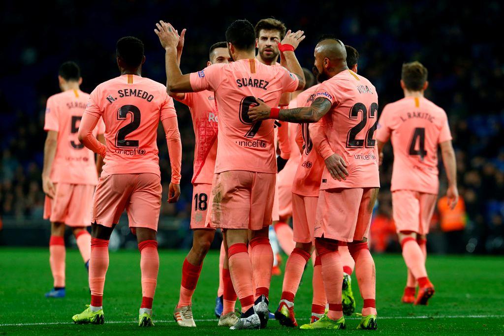 Barcelona Menang Besar dalam Derby Catalunya