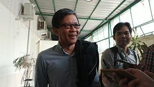 Rocky Gerung Jengkel Dibohongi Ratna Sarumpaet
