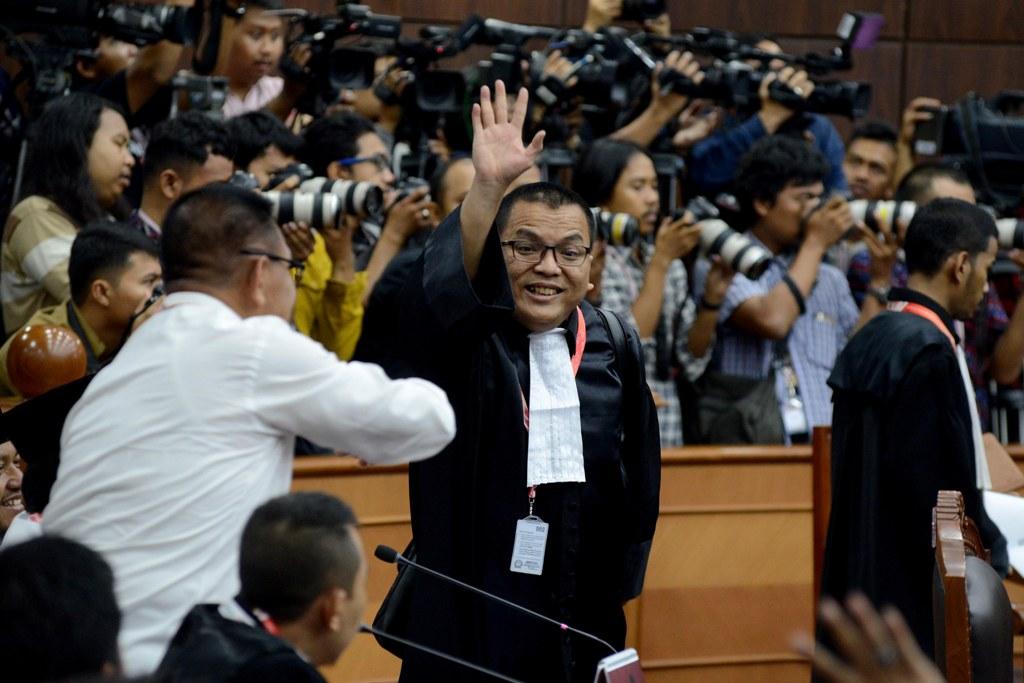 Denny Indrayana Sempat Mendaftar jadi Kuasa Hukum KPU