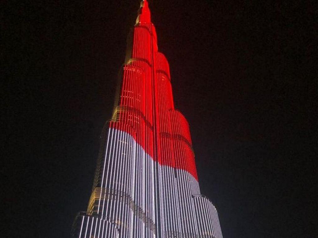 Merah Putih Selimuti Burj Khalifa di HUT ke-74 RI