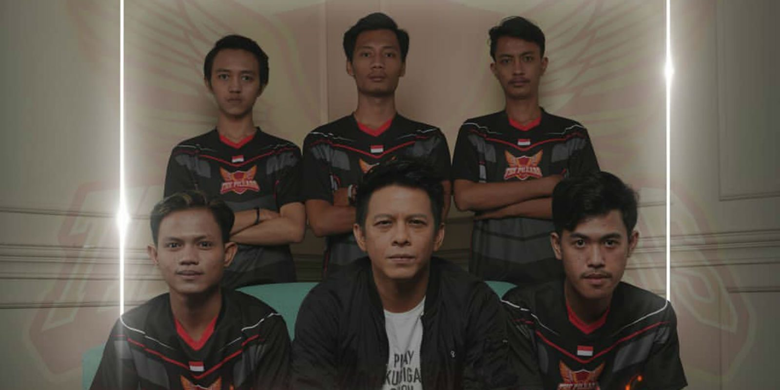 UpStation-8 Artis Indonesia yang Terjun ke Dunia Esports