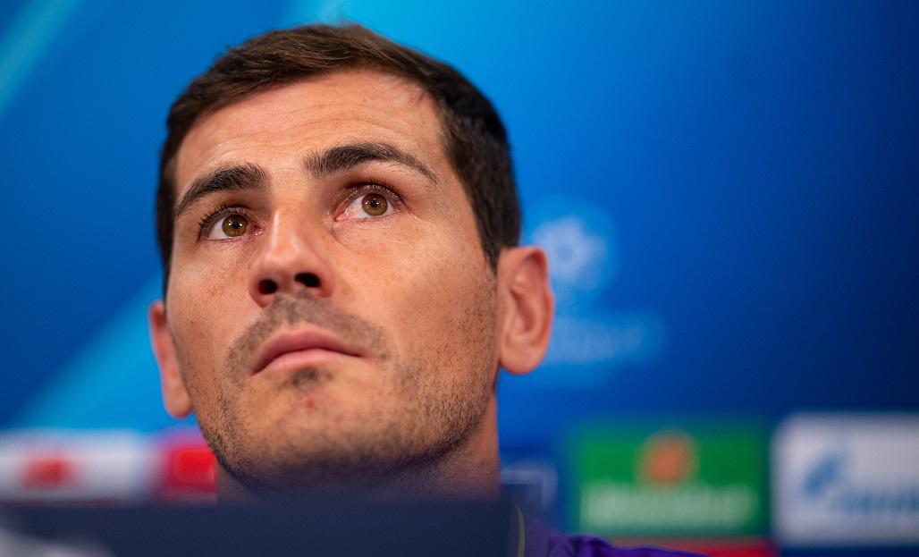 Iker Casillas Resmi Gantung Sepatu
