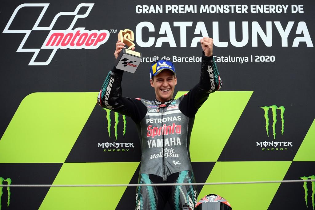 MotoGP Catalunya: Valentino Rossi Jatuh, Quartararo Juara MotoGP Catalunya