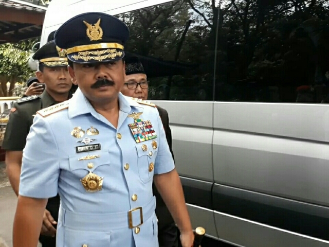 Panglima TNI Pantau Langsung Pencarian KRI Nanggala-402