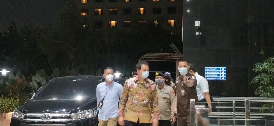KPK Berhasil 'Menyeret' Azis Syamsuddin