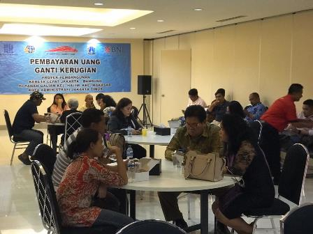 Warga Menerima Ganti Rugi Kereta Cepat Jakarta-Bandung