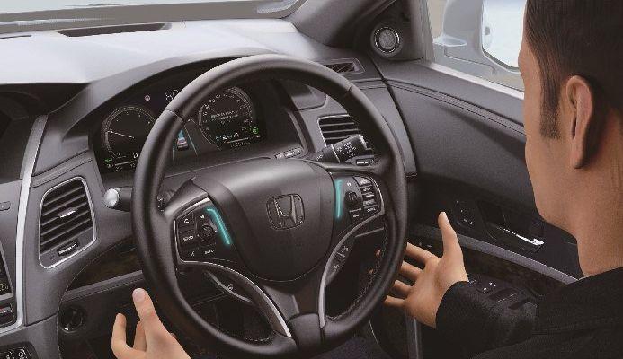 Honda Legend Hybrid EX, Mobil Otonom Level 3 Pertama Di Dunia