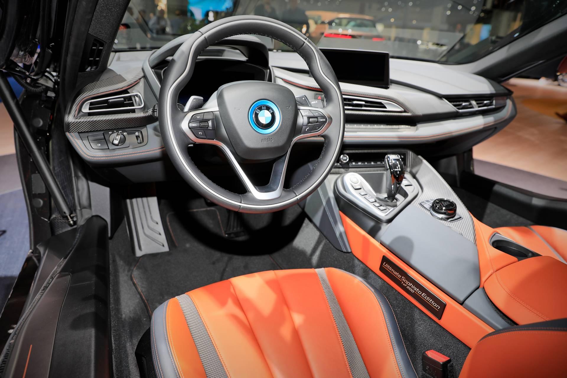 Salam Perpisahan dari BMW i8 Ultimate Sophisto