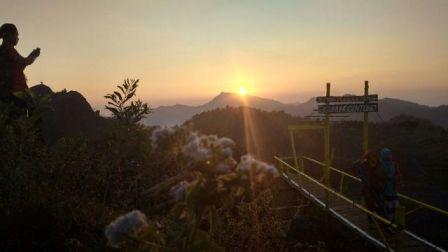 Pesona Gunung Gentong Gedangsari Gunungkidul