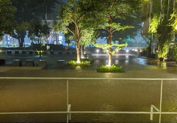 Banjir Kepung DKI