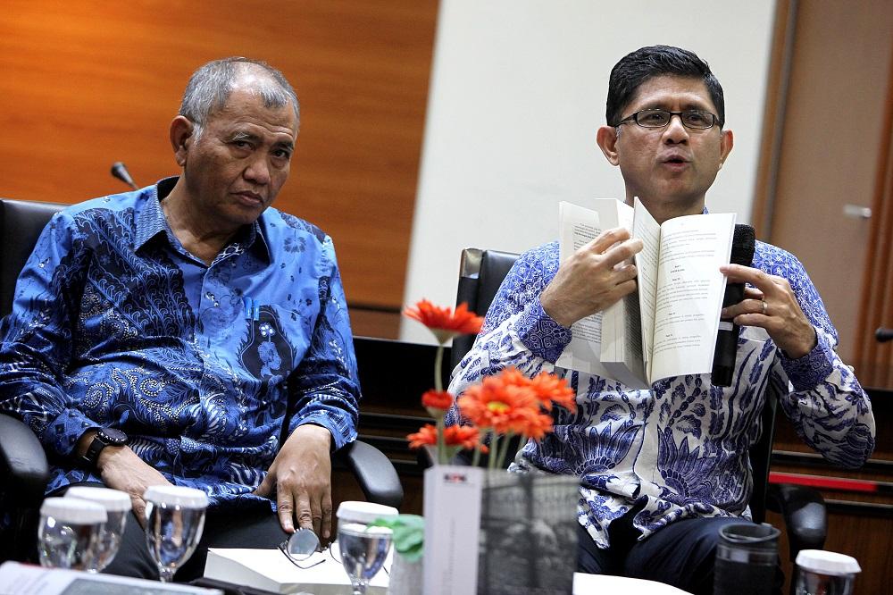 Dalih Pemerintah dan DPR dalam Meladeni Gugatan Eks Pimpinan KPK