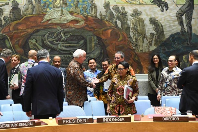 Kemilau Batik Mewarnai Debat Terbuka DK PBB